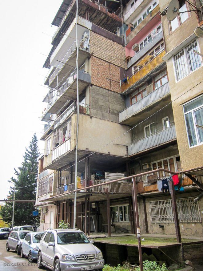 Тбилисские балконы-самострой