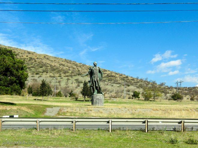 Памятник Лермонтову (Тбилиси-Мцхета)