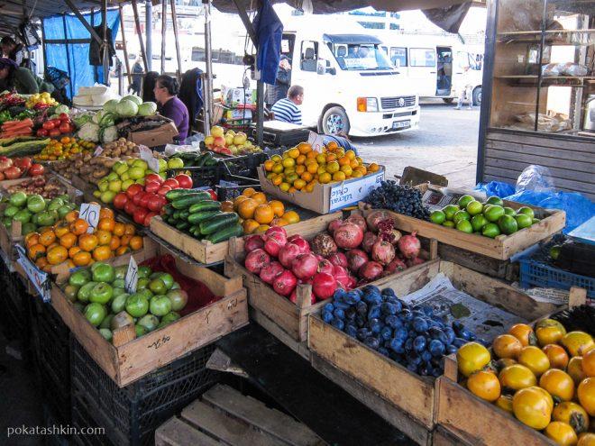 Рынок на автовокзале в Тбилиси