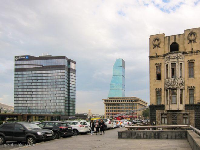 Отели Radisson Blu Iveria и Biltmore Tbilisi