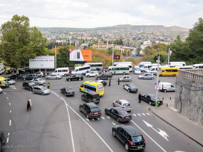 Дорожное движение в Тибилиси