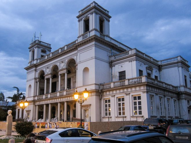 Улица Давида Агмашенебели (Тбилиси)