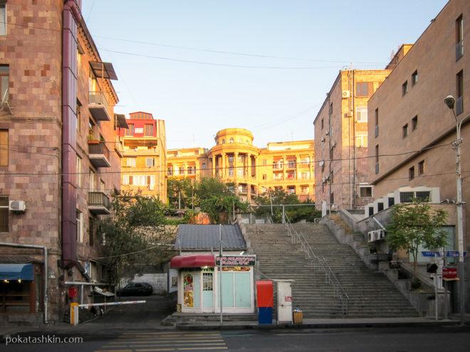 Ереванское утро