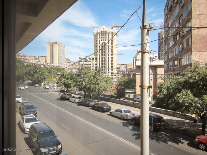 Вид из номера Hobby Hotel (Ереван)