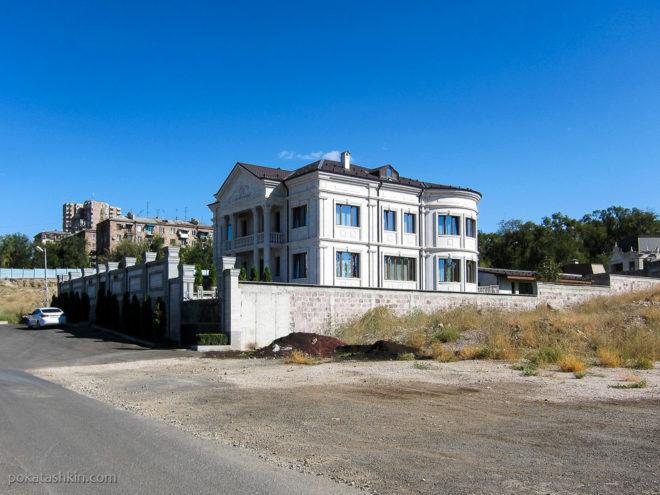 Дорогие частные дома в Ереване