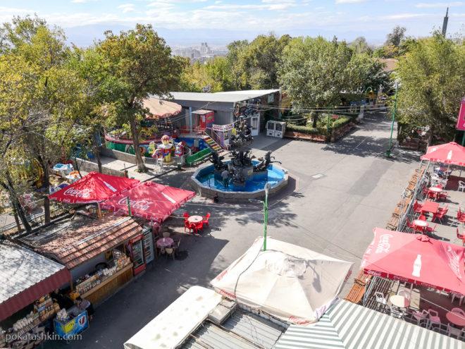 Парк аттракционов в Ереване