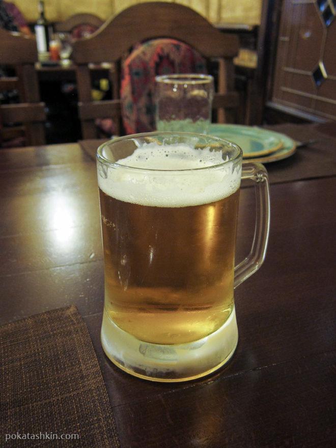 Бокал армянского пива
