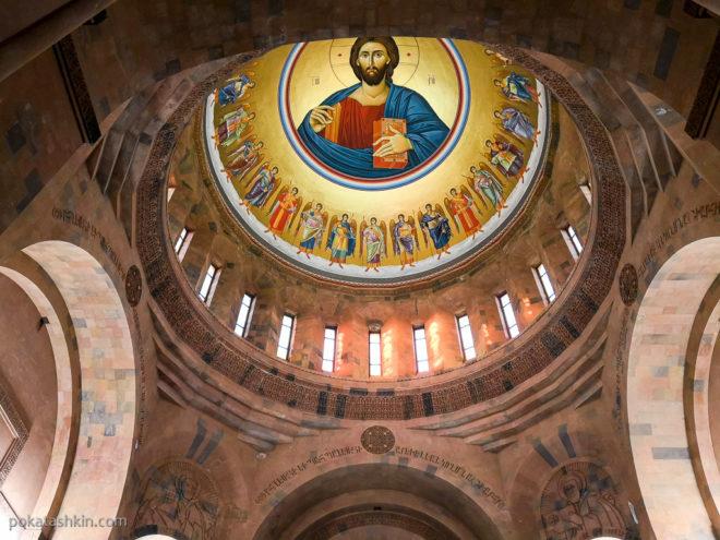 Купол церкви Святого Иоанна Крестителя в Абовяне